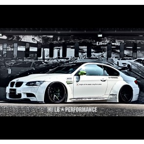 Liberty Walk Body Kit BMW M3 E92